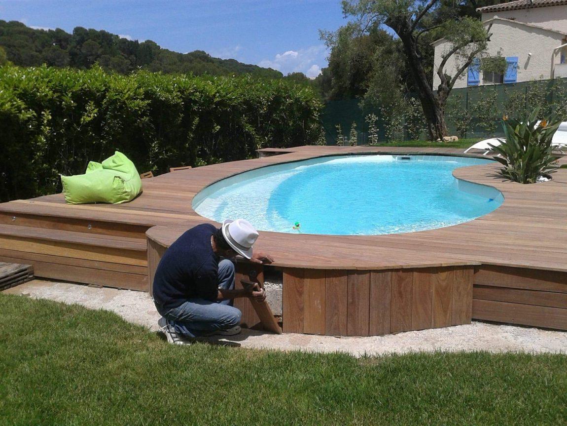 Mise en valeur d'une piscine sur la Côte d'Azur